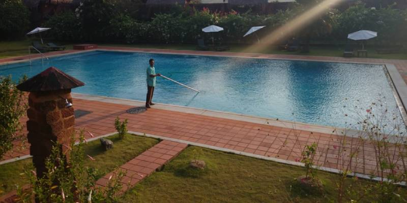 Pool service in Upland