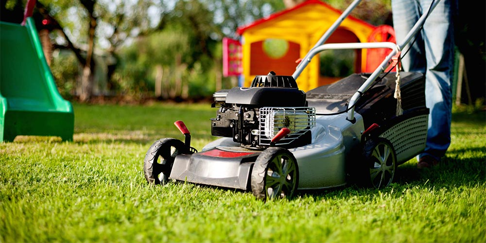 Lawn Mowing The How When And Why Of This Essential